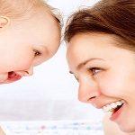 نقش مادر در زبان آموزی کودک