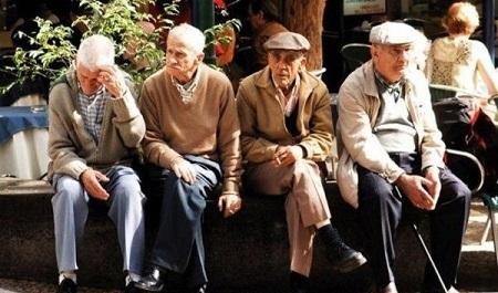 اثرات کم شنوایی در سالمندان