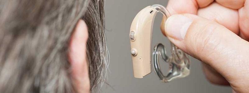 آیا سمعک شنوایی طبیعی ایجاد می کند؟