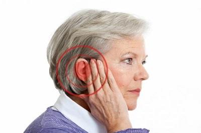مشکلات ناشی از کم شنوایی