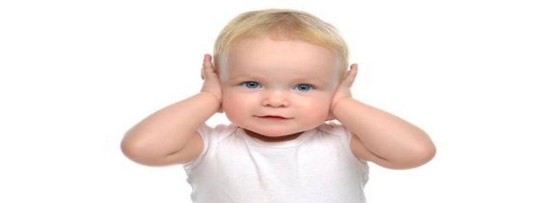 علل ابتلا به کم شنوایی در کودک