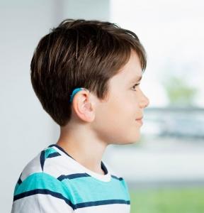 سمعک کودکان در کم شنوایی